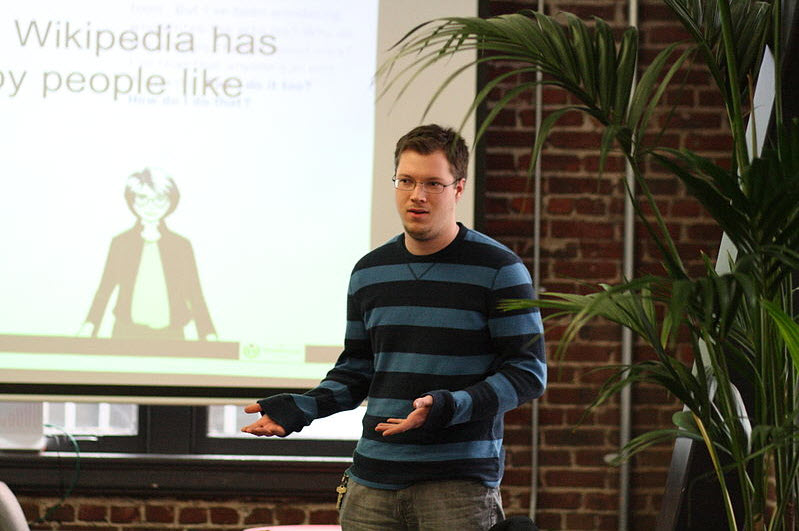 Dominic at the Wikipedia Campus Ambassadors training, January 7, 2011.  Photo by Sage Ross